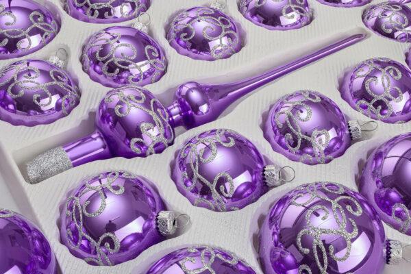 Hochglanz Lila Silberne Ornamente Detail